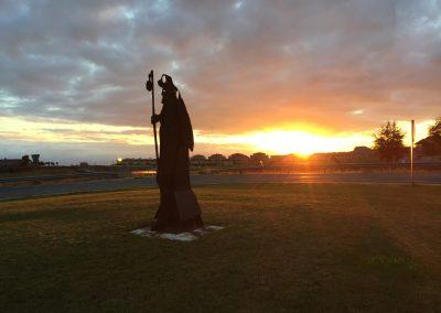 pellegrino al sorgere del sole